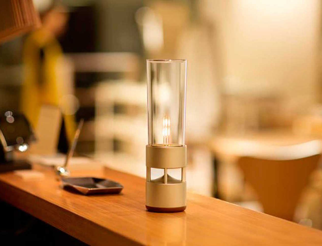 Sony Glass Sound Speaker