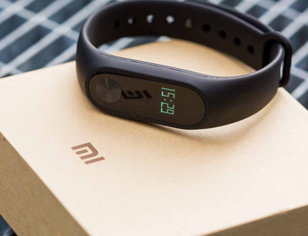 xiaomi mi band 2 gadget flow. Black Bedroom Furniture Sets. Home Design Ideas
