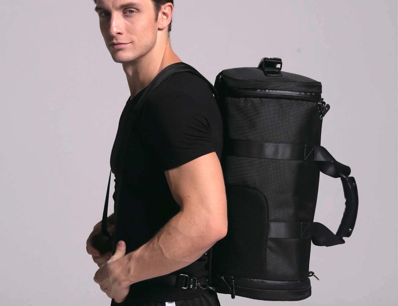 Breether – Duffle Bag Designed To Breathe and Stay Cool