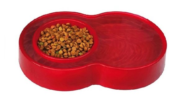 The Eureka Bowl Saves Your Pet's Food from Ants