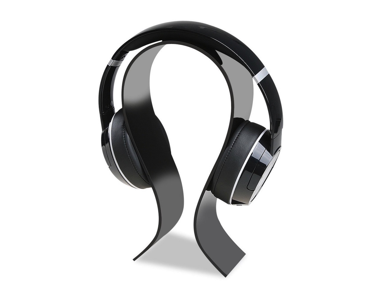 Omega Acrylic Headphone Stand by AmoVee