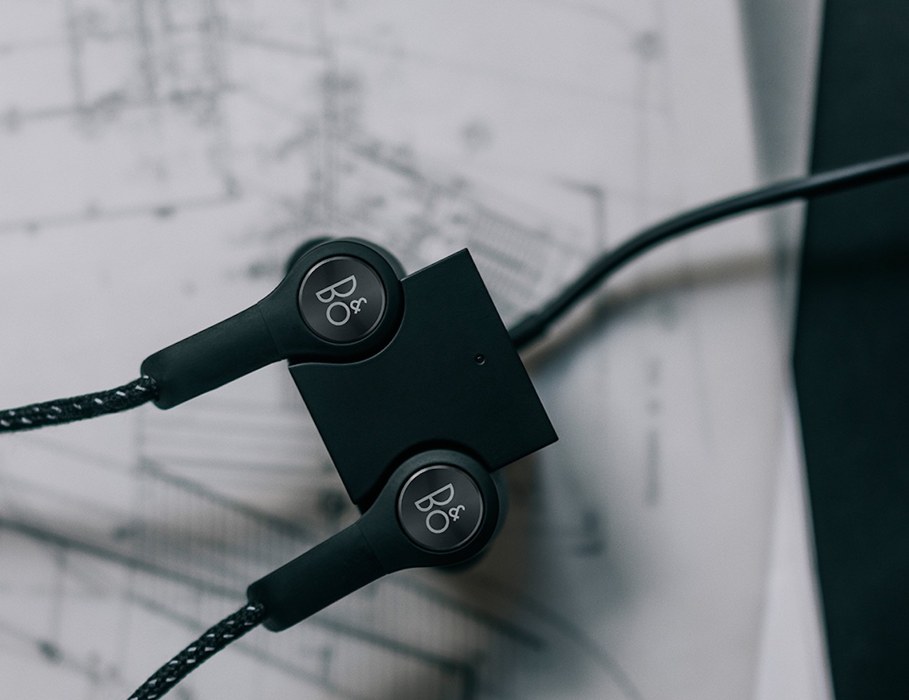 Bang & Olufsen H5 Wireless Earphones