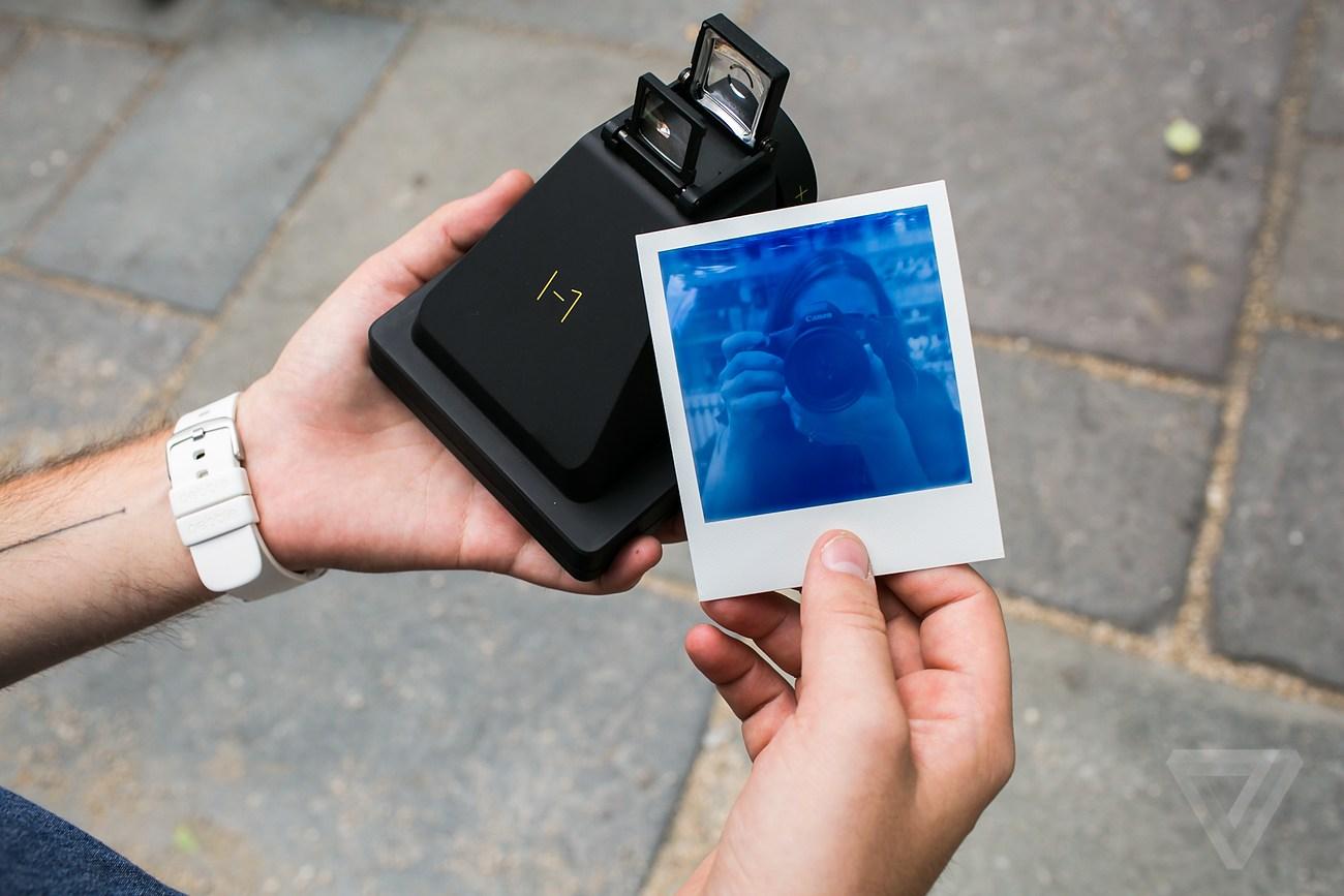 I-1 Smart Analog Instant Camera