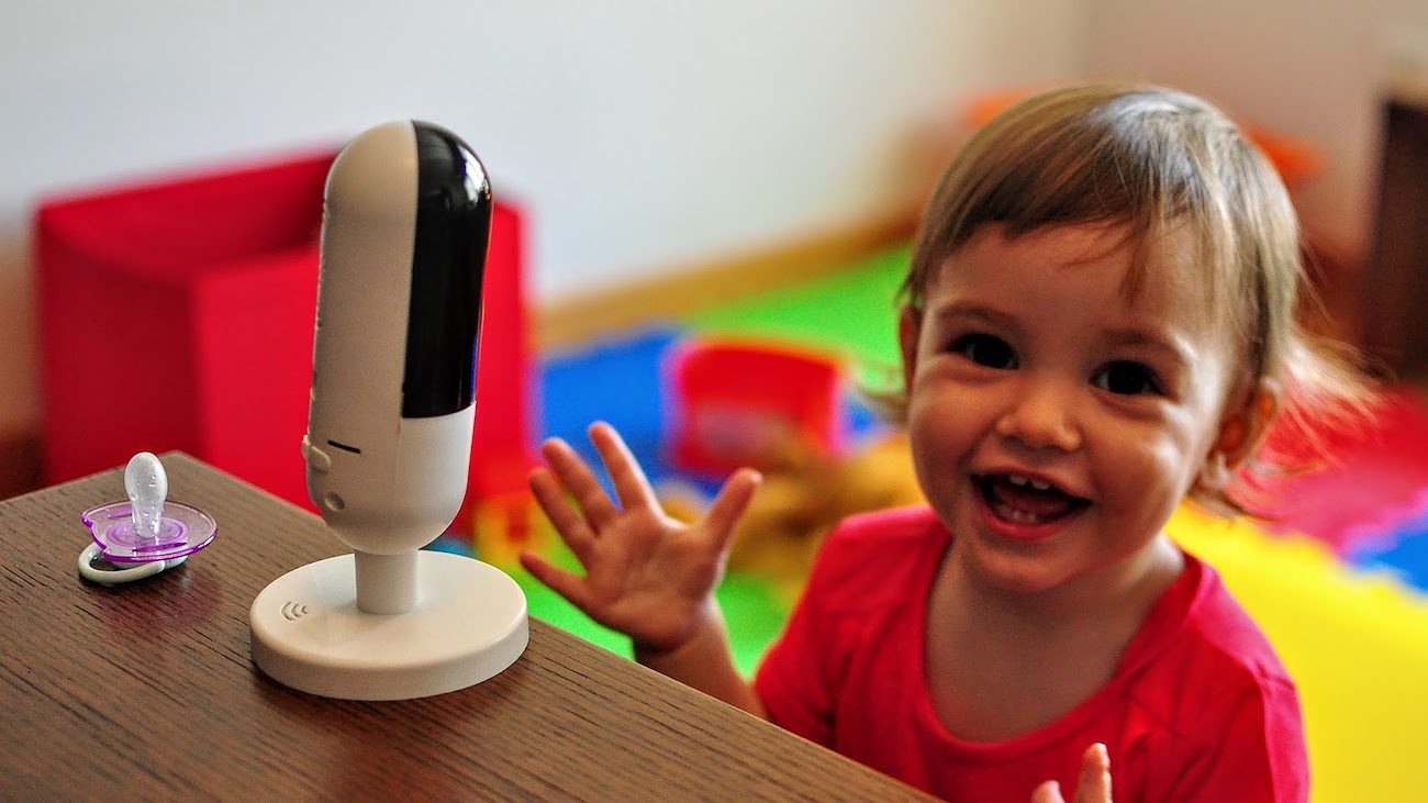 Invidyo – World's Smartest Child Monitor with Smile Detection