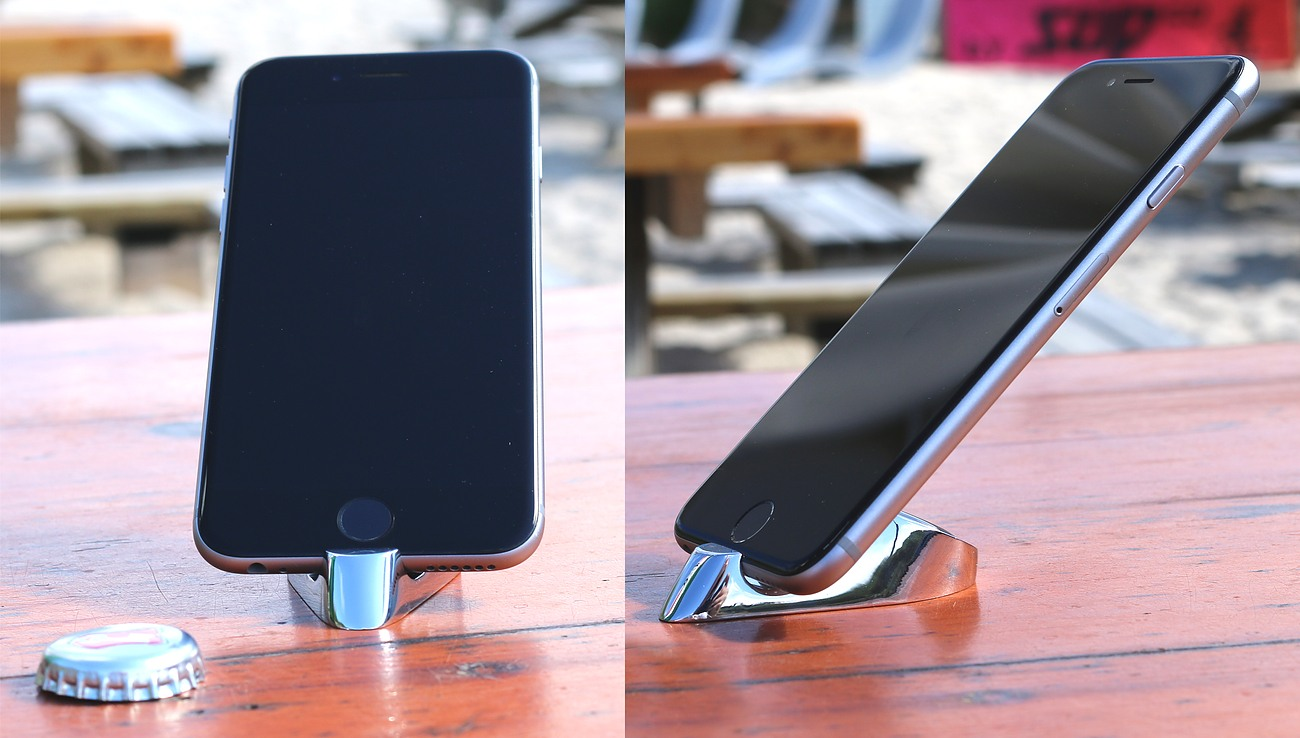 KEYTINI – Universal & Multifunctional iPhone & iPad Stand