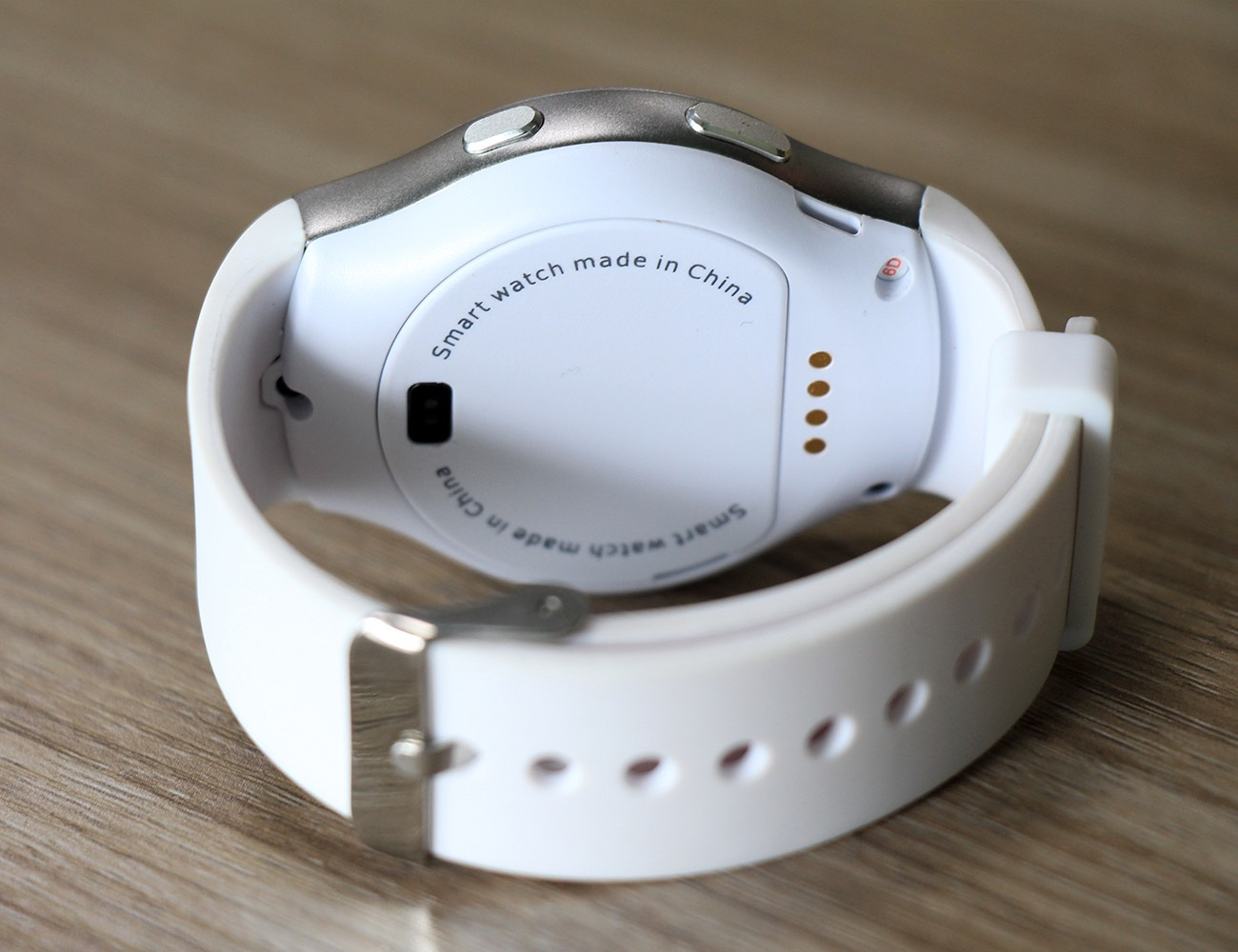 NO.1 G3 Smartwatch With a Full Circular Design