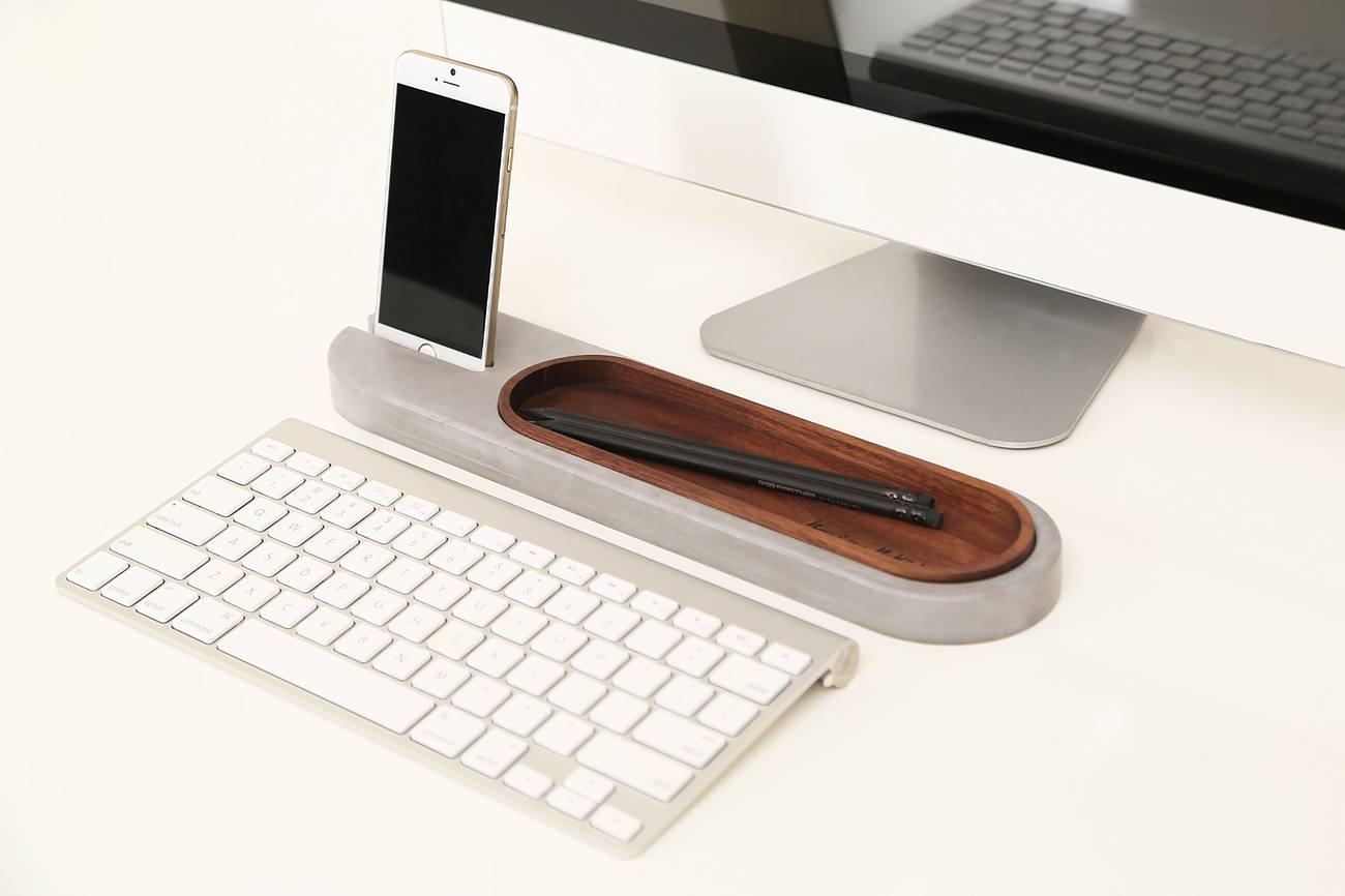 Rest Deck Desk Tray by BRAIN BSKIT