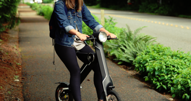 The ScootMatic Electric Bike and Scooter Can Take You Up to 28 Miles