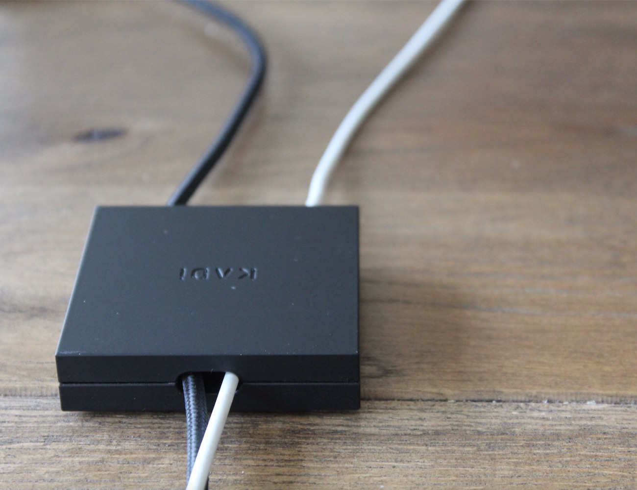 The Desk Tile – Cable Management Tool