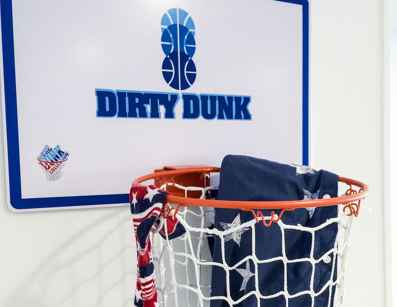 The Dirty Dunk – The Original Over-the-Door Basketball Hoop Laundry Hamper