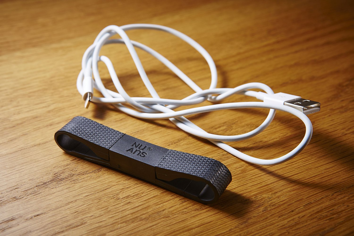 BANDWIRE Lightning Cable Keychain by NuAns