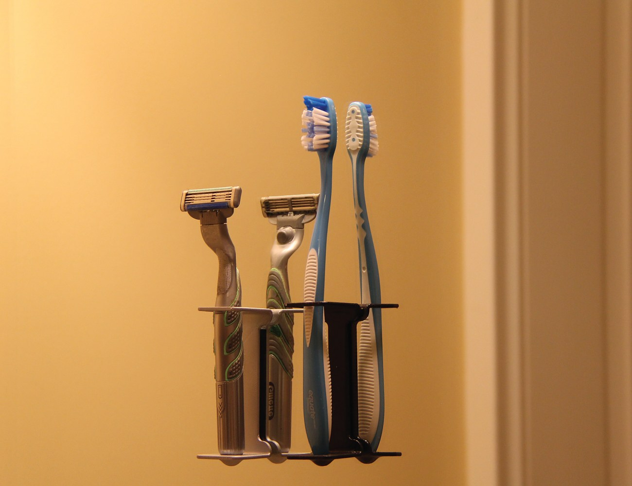 Nano Suction Toothbrush holder