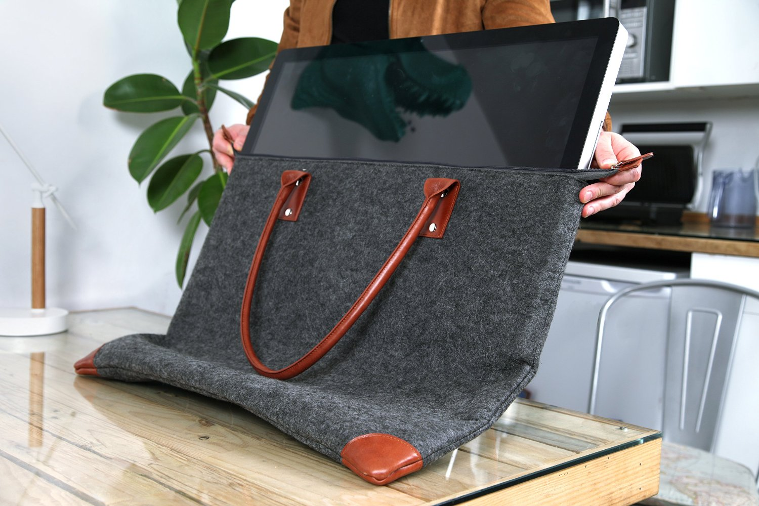 Lavolta Carrying Case for iMac