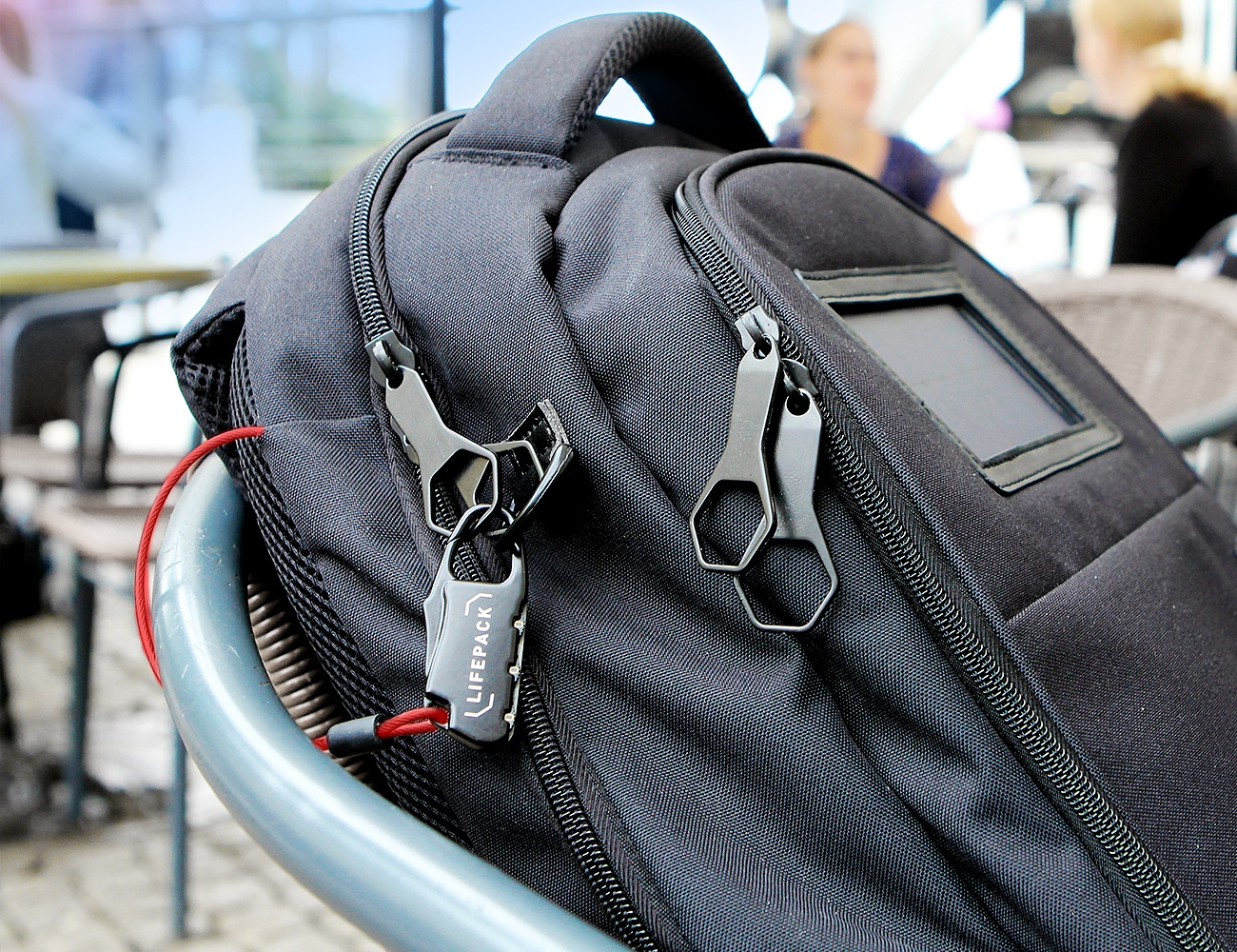 Lifepack – Solar Powered & Anti-Theft Backpack