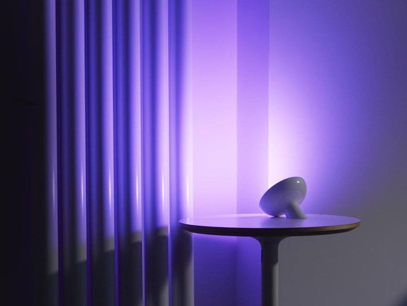 Philips friends of hue personal lighting bloom gadget flow for Philips hue friends