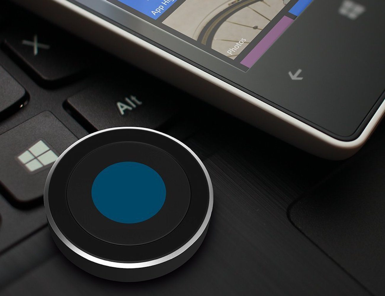 Satechi Bluetooth Button Compatible with Cortana