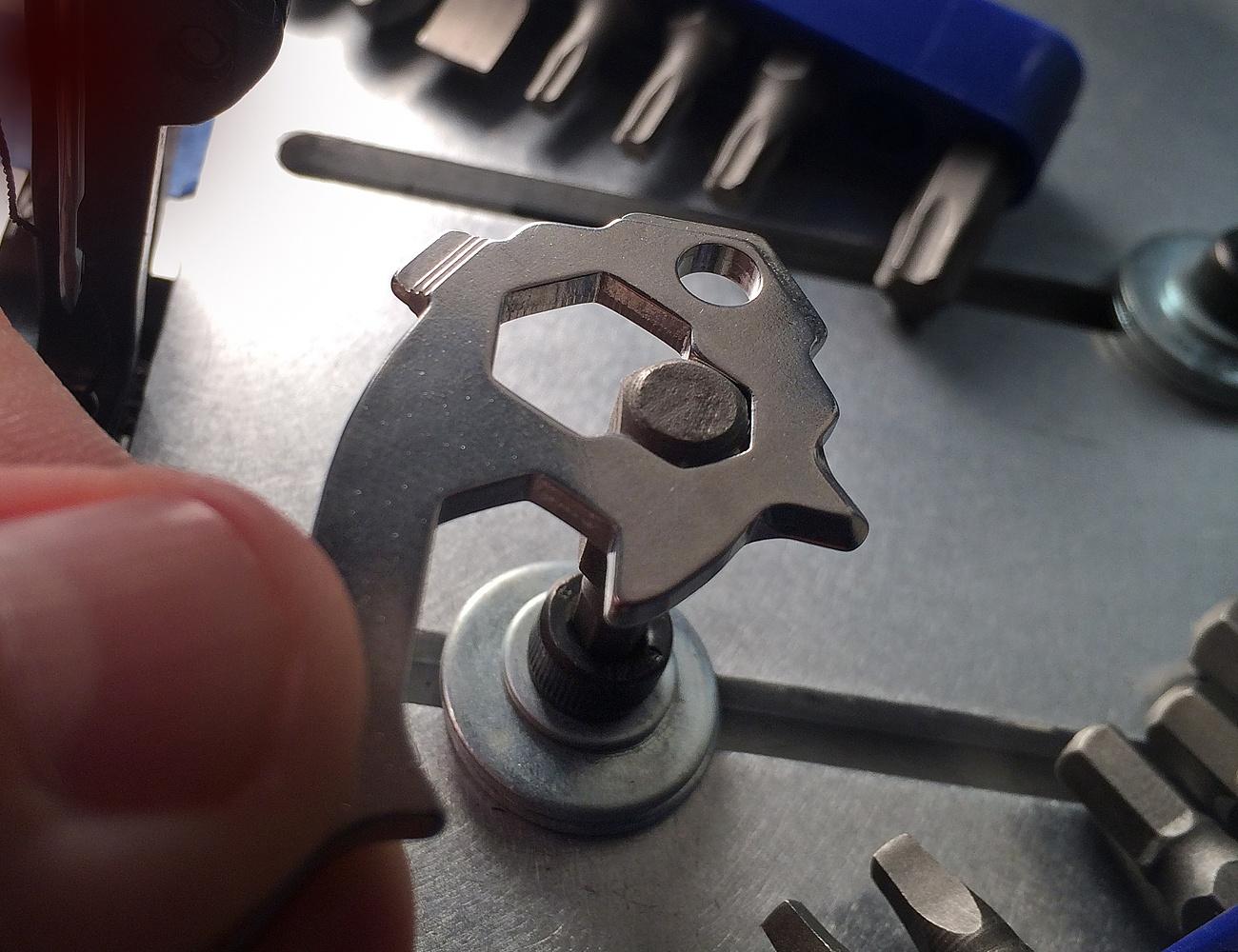 The MSTR KEY 20-in-1 Multi-Tool Keytool