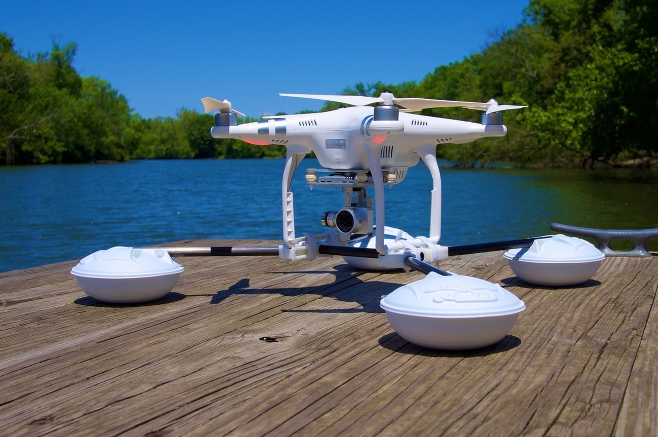 WaterStrider – All-Terrain Drone Converter