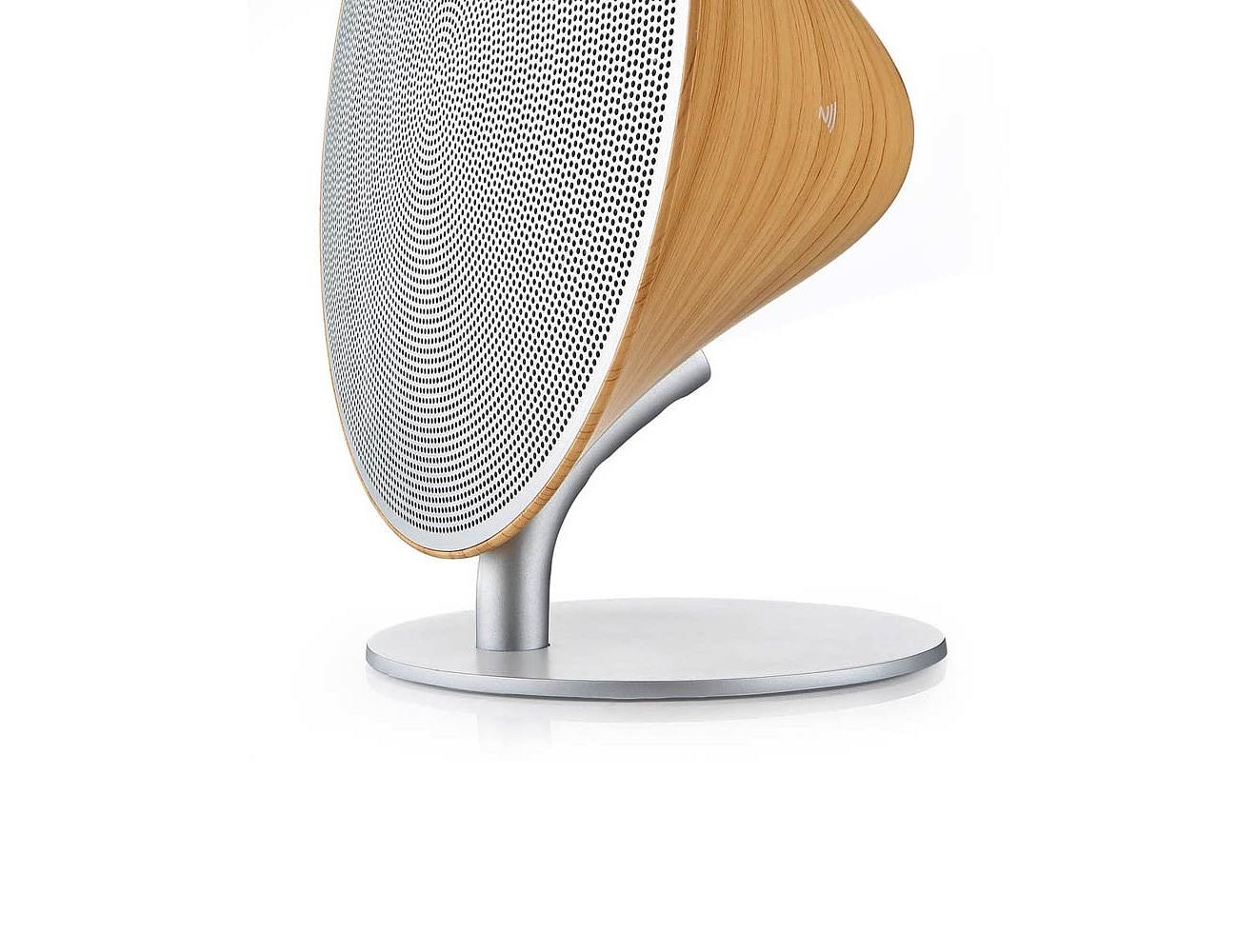Wooden Vintage Wireless Speakers