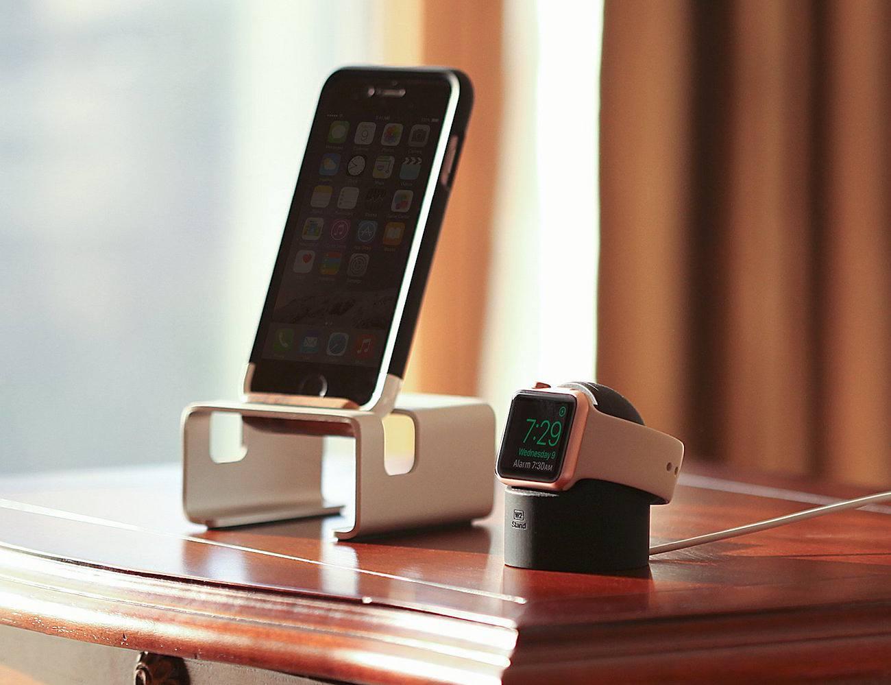 elago W2 Nightstand for Apple Watch