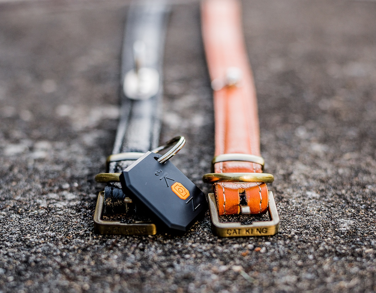 iKON Tracker – The Ultimate Tracking and SELFIE Taking Device