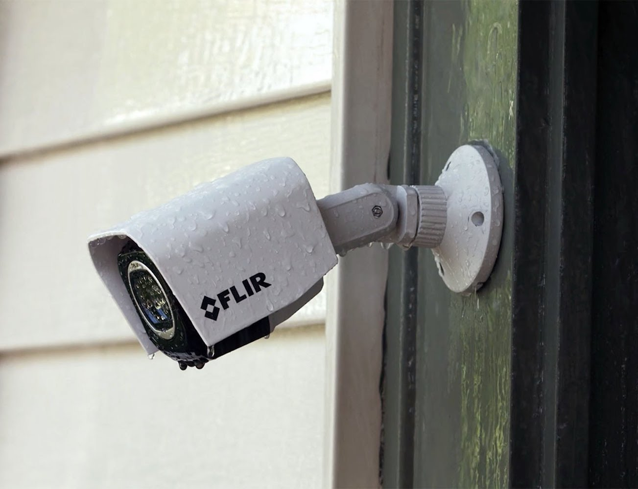 FLIR+FX+Outdoor+Wireless+HD+Security+Camera