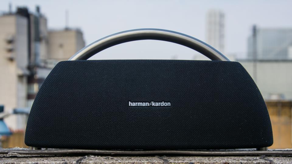 harman kardon go play bluetooth speaker gadget flow. Black Bedroom Furniture Sets. Home Design Ideas