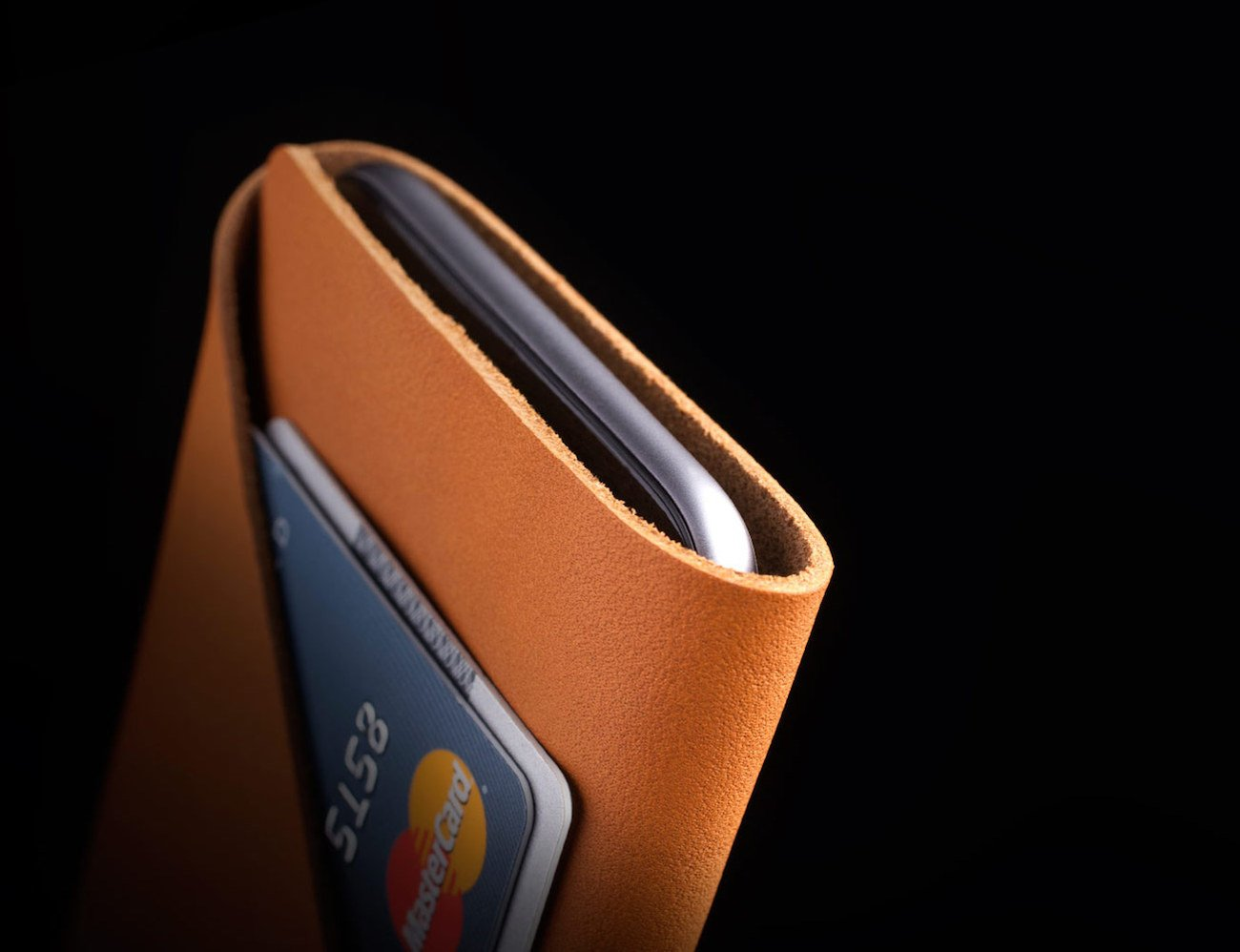 Leather Wallet Sleeve for iPhone 6S By Mujjo