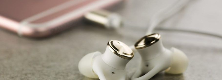 Linner Headphones Drown Out the Ambient Noise Around You