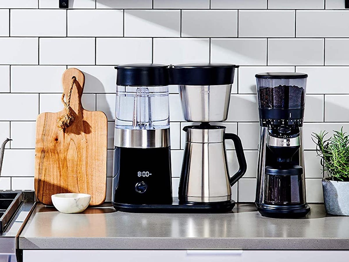 OXO BREW 9-Cup Coffee Maker lets you schedule when your coffee is ready