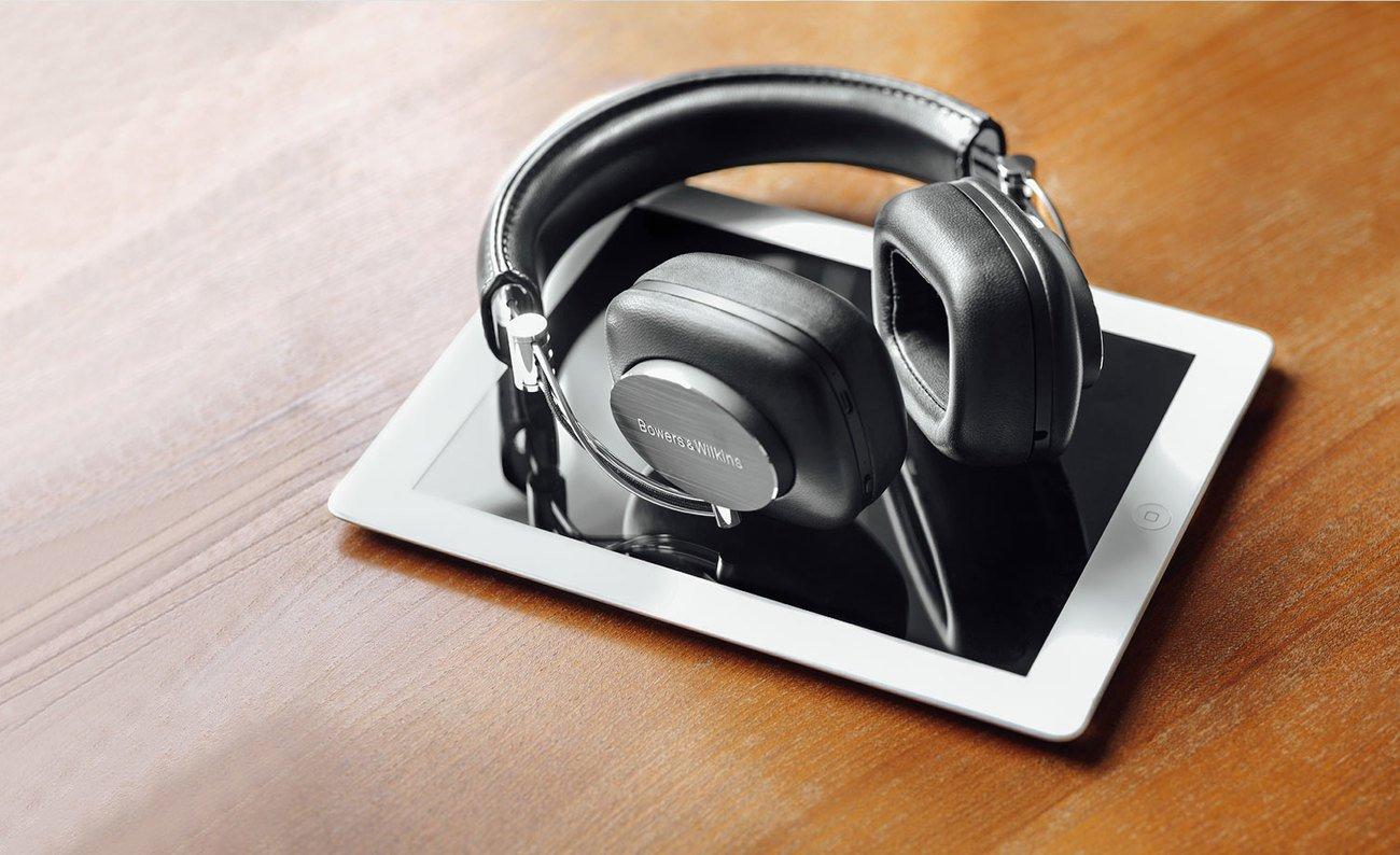 P7 Wireless Headphones by Bowers & Wilkins