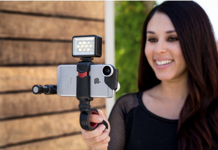 Pivot Smartphone Grip by olloclip