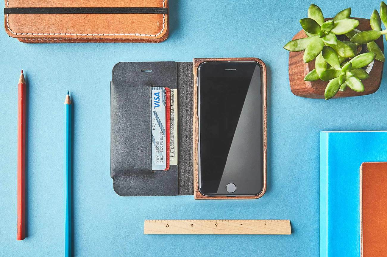 Walnut+%26amp%3B+Leather+IPhone+7+Wallet+Case