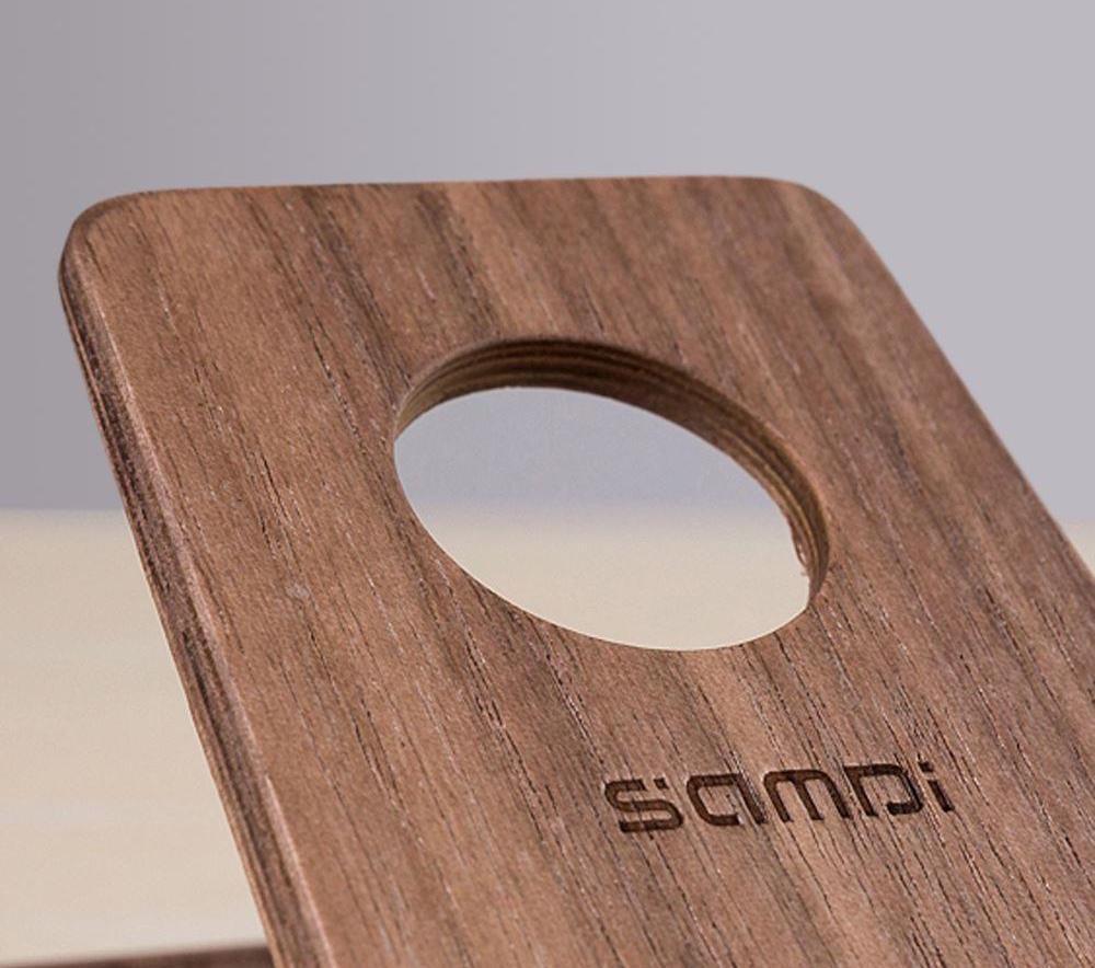 Wooden iPhone Holder by Samdi