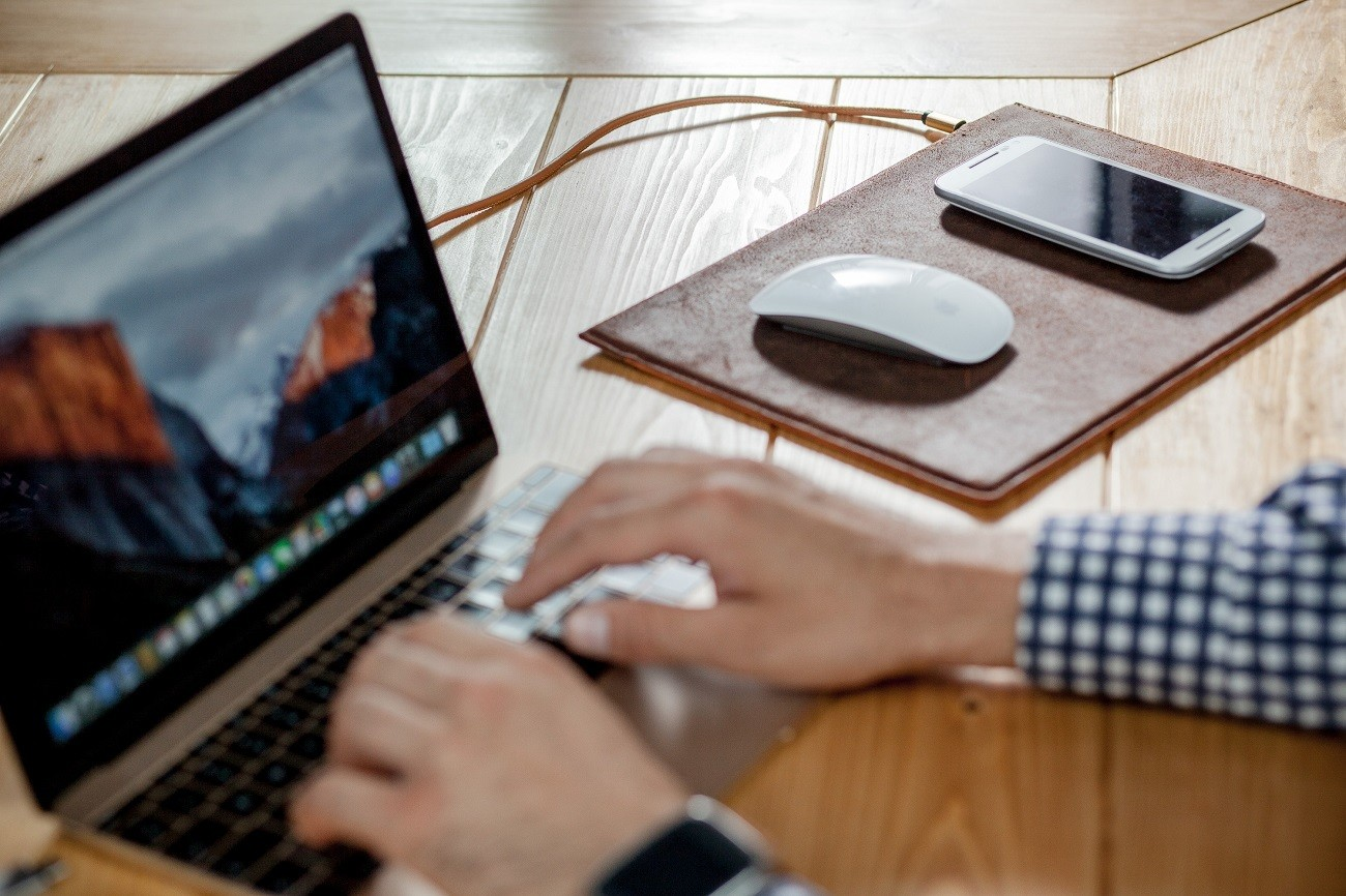 Woolet Wireless Charging Pad – Power Everywhere