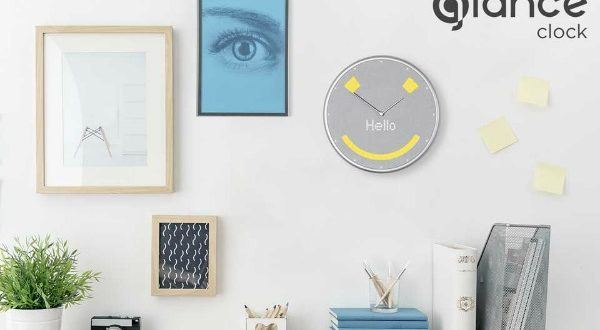 Glance Smart Clock Syncs With Your Phone And Amazon Echo