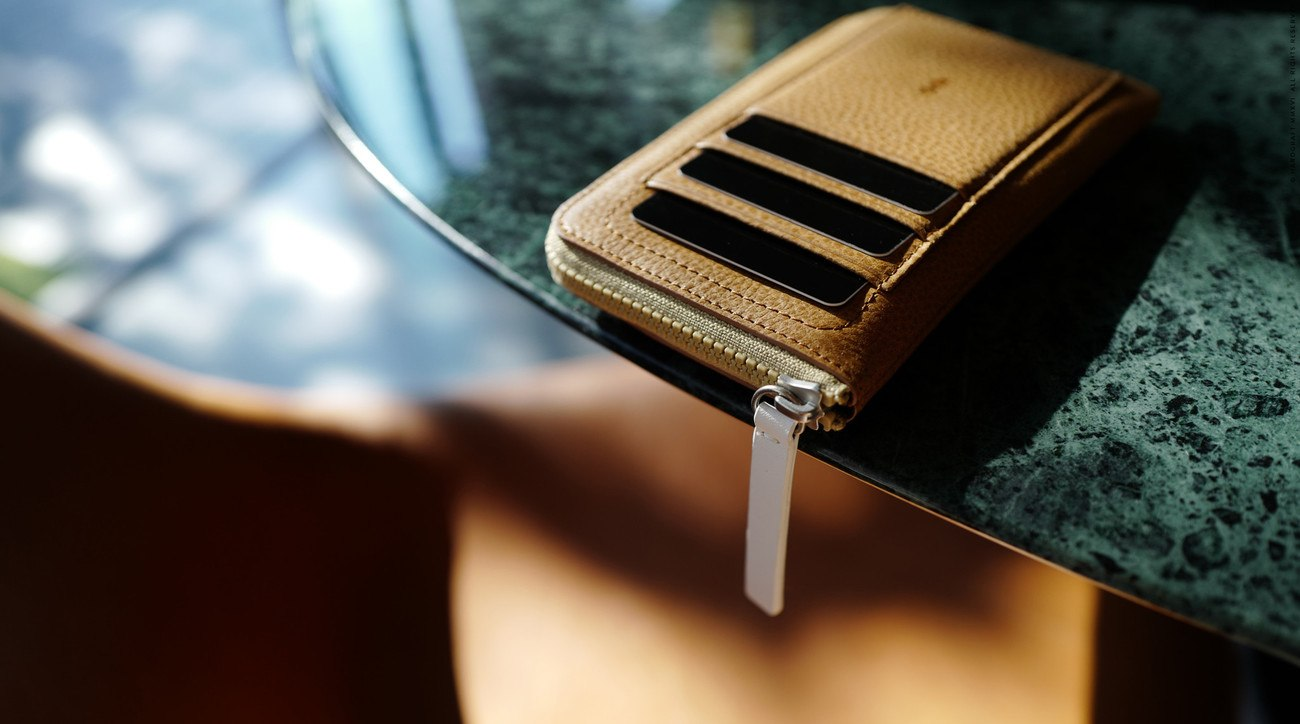 IPhone+Zip+Wallet+By+Hard+Graft