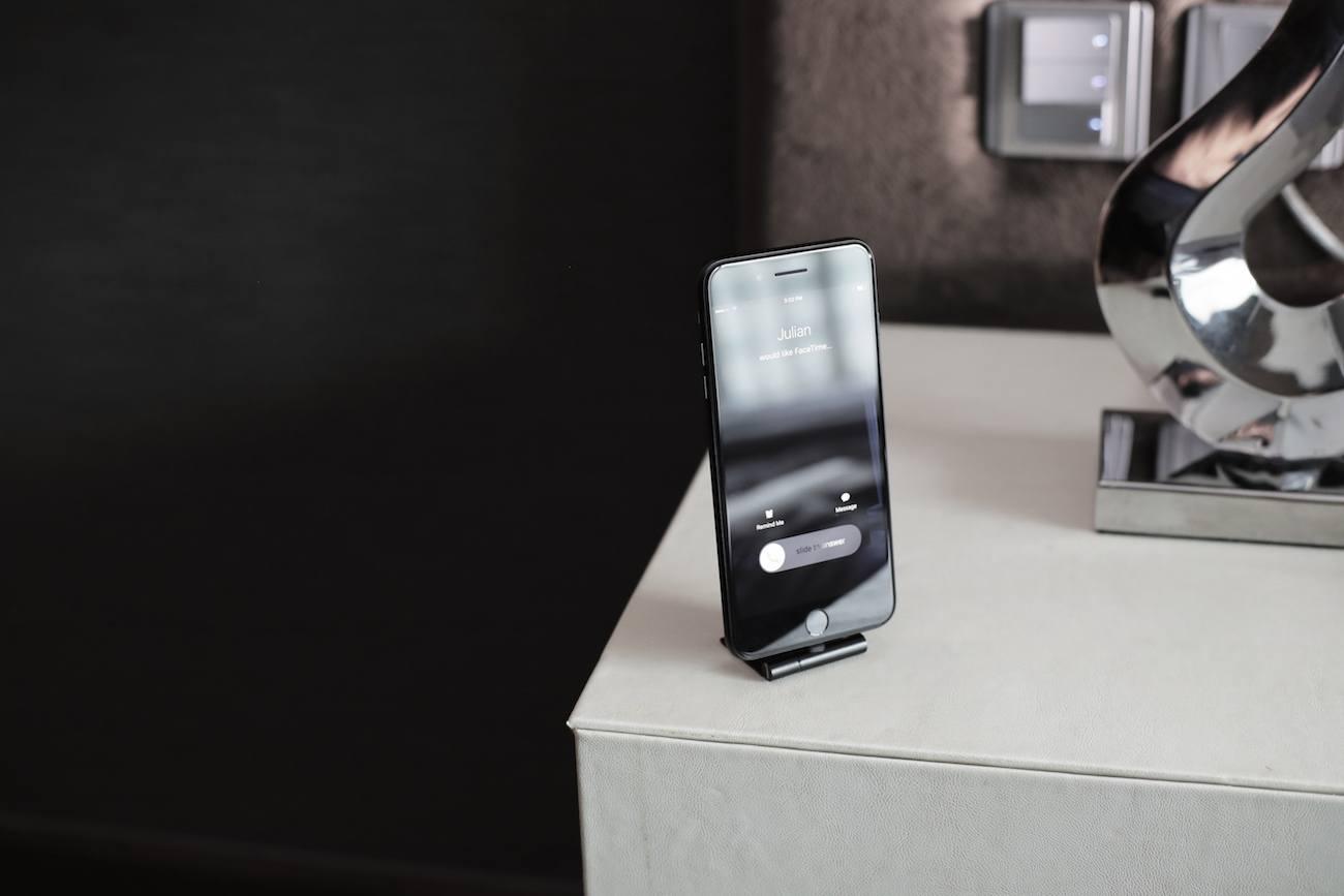 Auxilite Portable Smartphone Accessory
