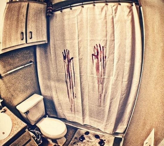 blood-bath-shower-curtain
