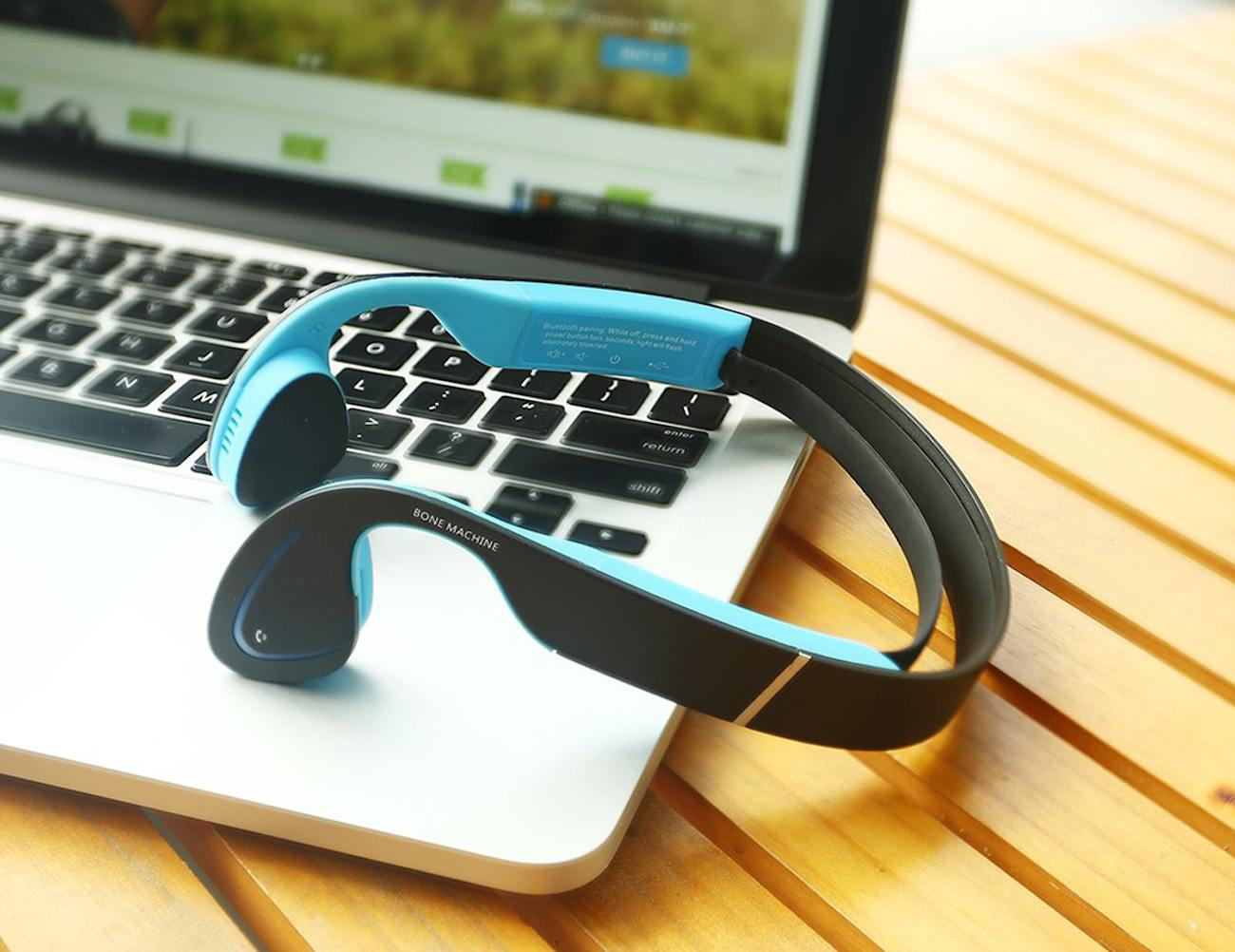 Bone+Conduction+Headphones