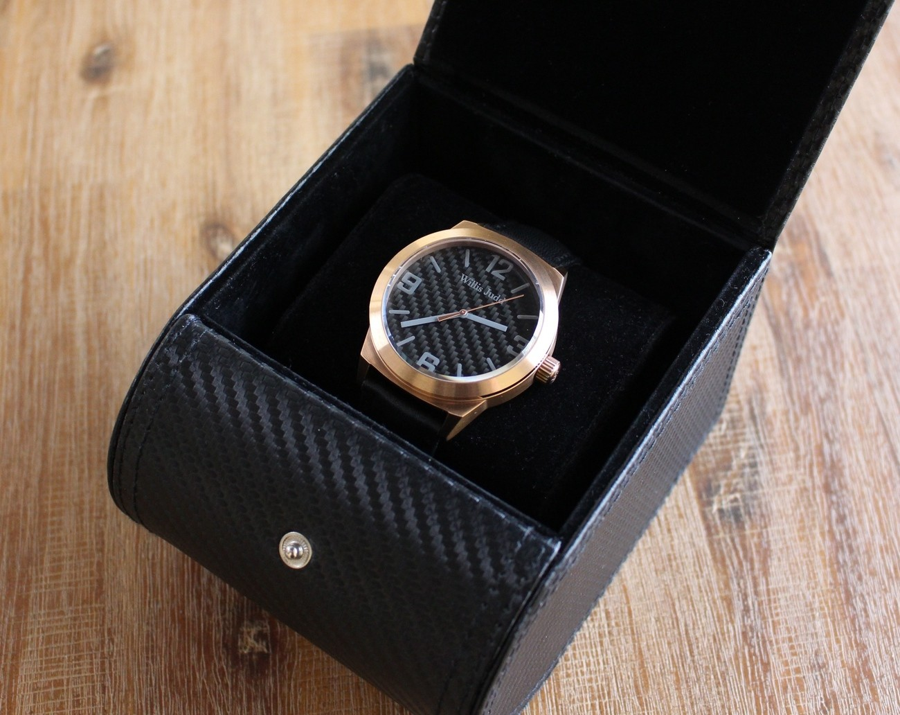 Carbon+Fiber+Watch+Made+Affordable+%26%238211%3B+Designed+In+Australia