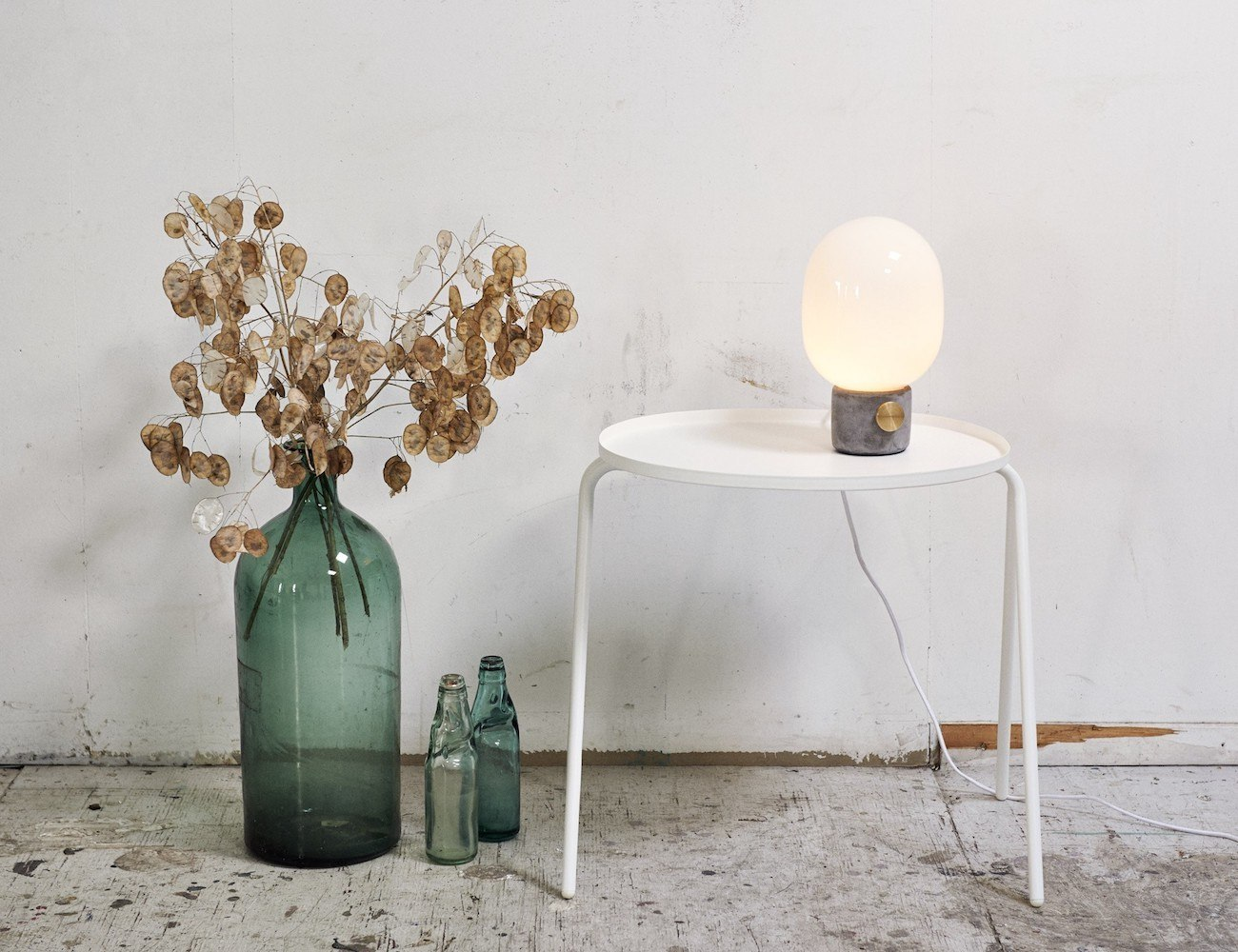 JWDA Concrete Table Lamp from Menu