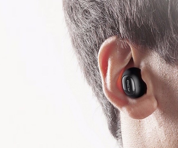 QCY Q26 Mini Bluetooth Earphone