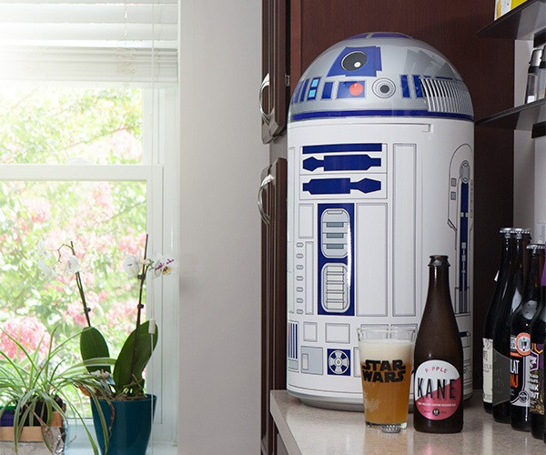 R2-D2 14-Liter Fridge