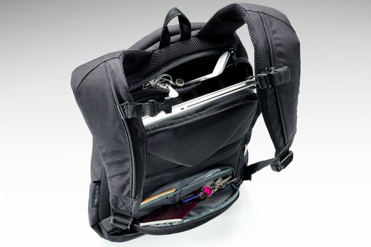 RiutBag Reverse Backpack