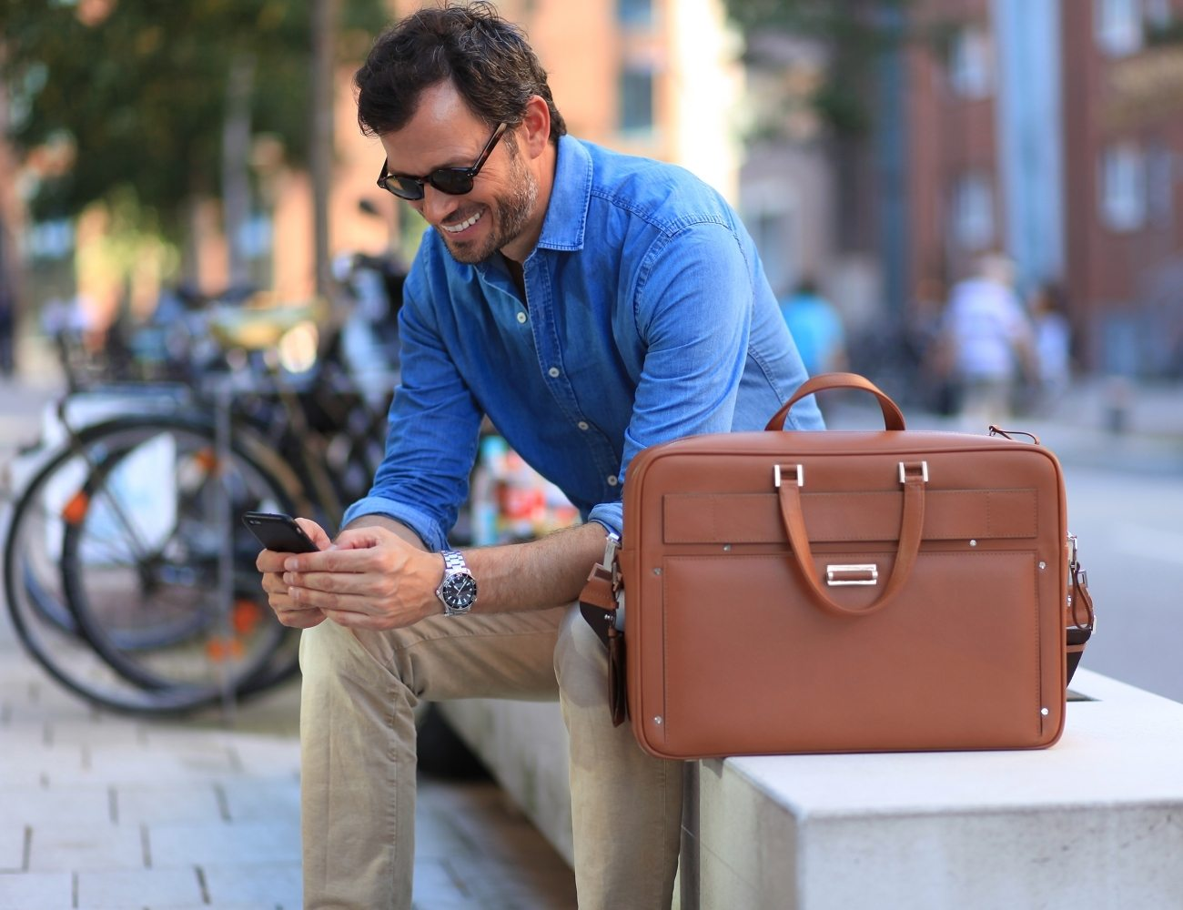THE+WINGCASE+%26%238211%3B+The+Smartest+Briefcase+In+The+World