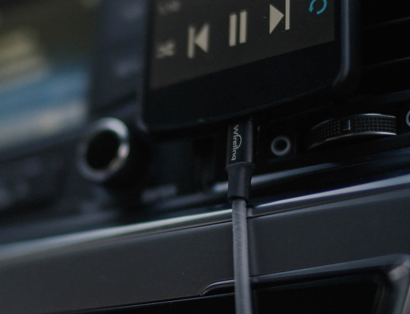 Wirelinq – A Smart Android USB Converter Cable for Car Music
