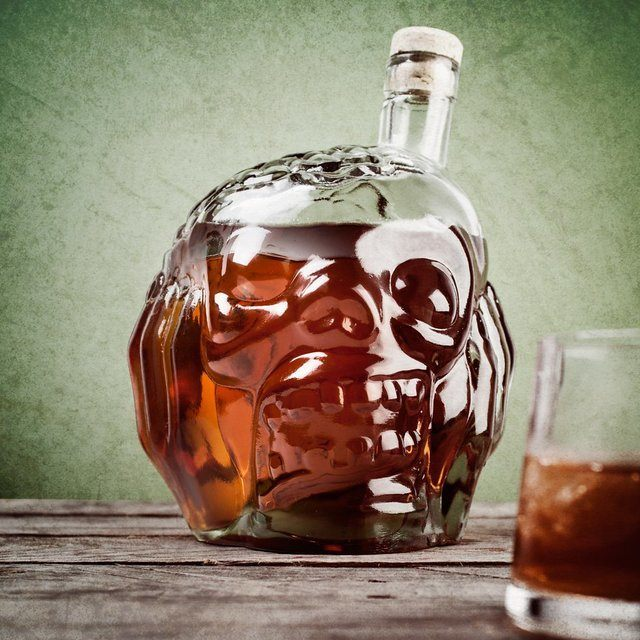 zombie-head-decanter