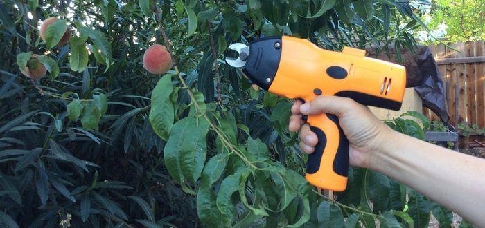 The Kuicut Power Cutter can Cut Through Anything