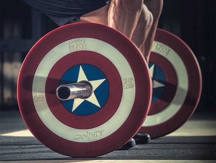 Captain+America+Shield+Barbell+Plates+By+Onnit